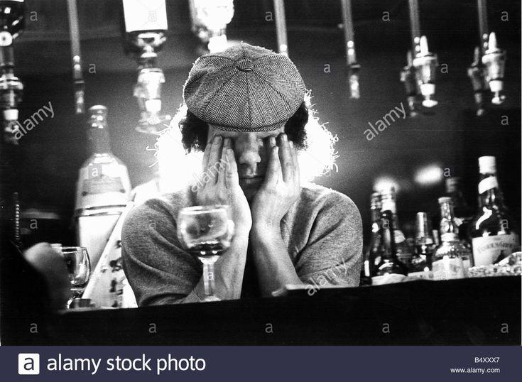 Laden Sie dieses Alamy Stockfoto Brian Johnson Leitung Sänger von der Rock-Gruppe-AC-DC - B4XXX7 aus Millionen von hochaufgelösten Stockfotos, Illustrationen und Vektorgrafiken herunter.