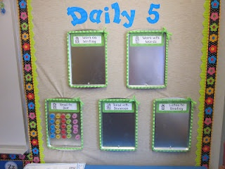 Daily 5 Organization (I also like how she displays her students' writing!)