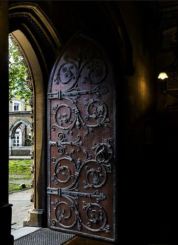 Castle door ♥  #bluedivagal, bluedivadesigns.wordpress.com