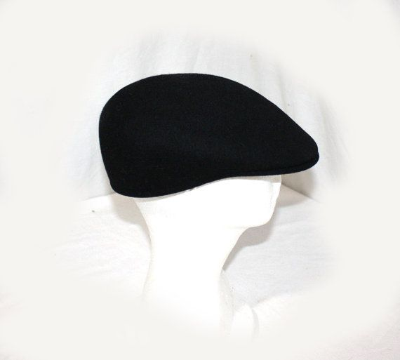 Vintage KANGOL Flat Cap Medium Black 100% Wool by DieVoltVintage