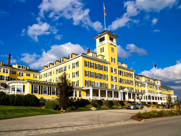 Take a tour of America's grandest estates and hotels, from the Biltmore Estate in Asheville, NC, to the Grand Hotel on Michigan's Mackinac Island.
