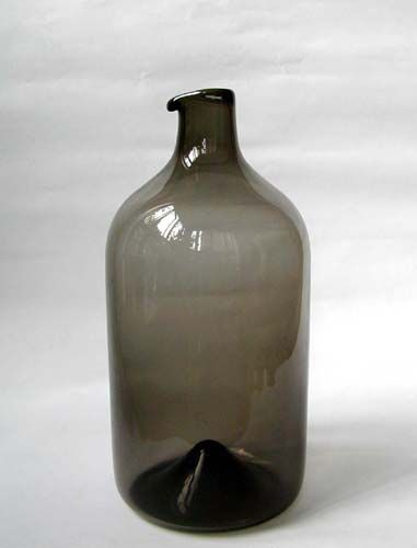 Timo Sarpaneva (Finnish, 1926-2006) A Glass Bottle, i-glass Series, Model i-400 Made at the Iitala glassworks, Finland, 1956 7.5 inches tall