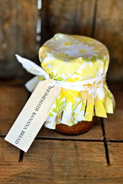 Banana Bread In-A-Jar: great cheer up, thank you, I was thinking of you, birthday for a friend, housewarming, or many other reasons this would make a great gift :)