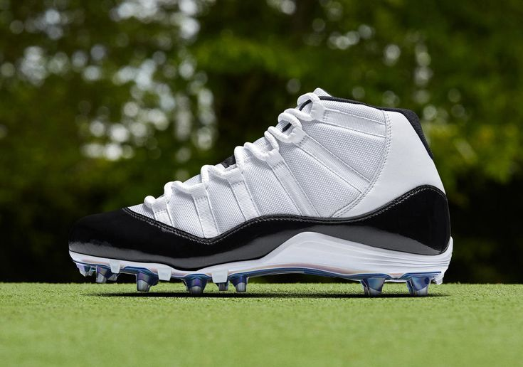 Air Jordan 11 Concord Cleats To Debut At NFL Playoffs #thatdope #sneakers #luxury #dope #fashion #trending