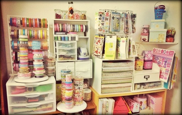 My very own Craftroom =)