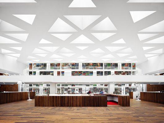 Education Centre At Rotterdams Erasmus University Medical Training Design By Architectural Studio Claus De