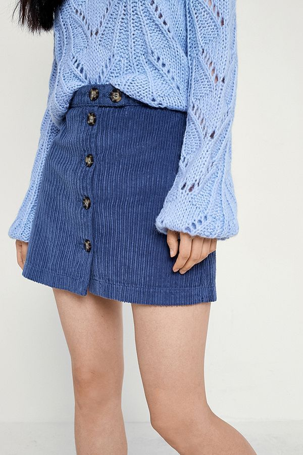 5558e028cede UO Jumbo Corduroy Button-Down Mini Skirt | women in wide wale corduroy | Mini  skirts, Mini, Corduroy