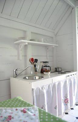 keuken in speelhuis