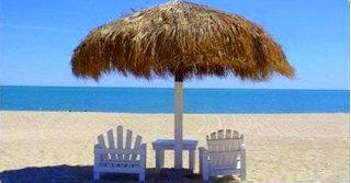 San Felipe Beachfront Rentals - Rent a villa right on the very best white sand beach in San Felipe, only 2 km south of the town center.