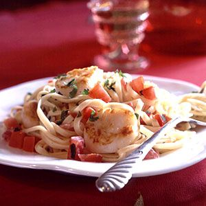 Pan-Seared Scallops on Linguine with Tomato-Cream Sauce - Linguine Recipes - Cooking Light Mobile