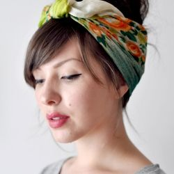 Bandana Or Scarf Is A Great Touch Of StyleHead Scarfs, Hairstyles, Head Wraps, Spring Hair, Headscarf, Ties A Scarf, Hair Scarf, Scarves, Hair Trends