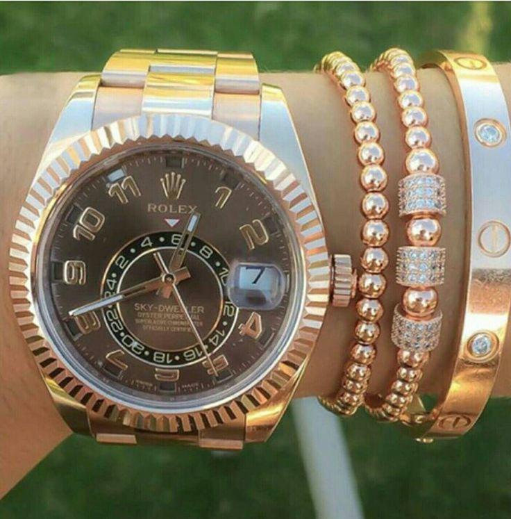 Rose GOLD ROLEX.  I WANT ONE :'(
