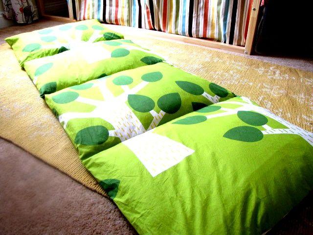 Southern Disposition: Pillow Mattress Tutorial
