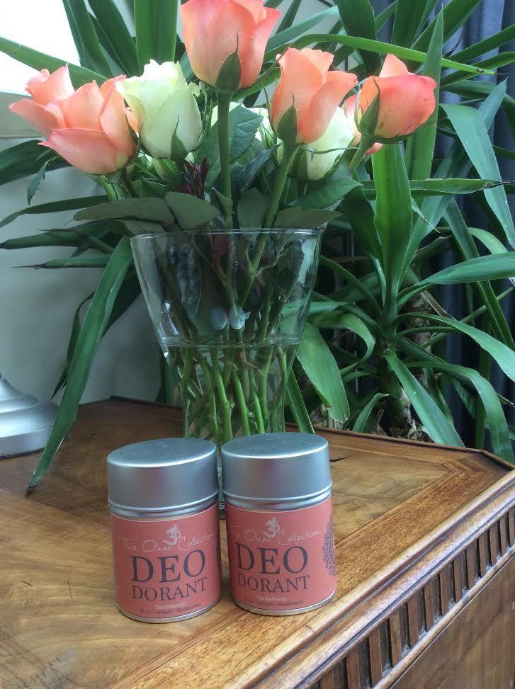 Een nieuwe geur van The Ohm Collection natuurlijke deodorant: Sandalwood hoort bij de traditie van India en wordt al duizenden jaren gebruikt in medicijnen. Een zoete, warme, rijke en houtachtige geur. Eigen foto, met dank aan de wekelijkse verse tulpen van mijn lief.