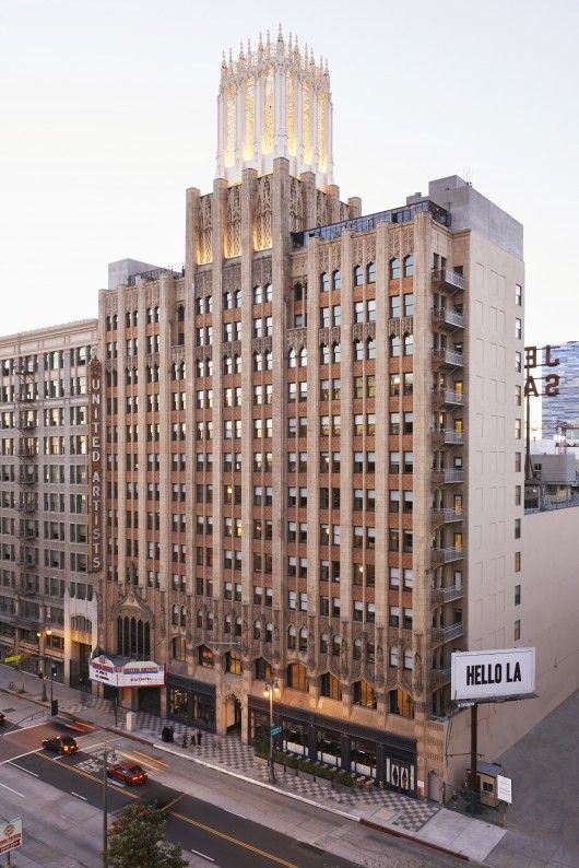 Ace Hotel Downtown LA / Commune Design © Spencer Lowell