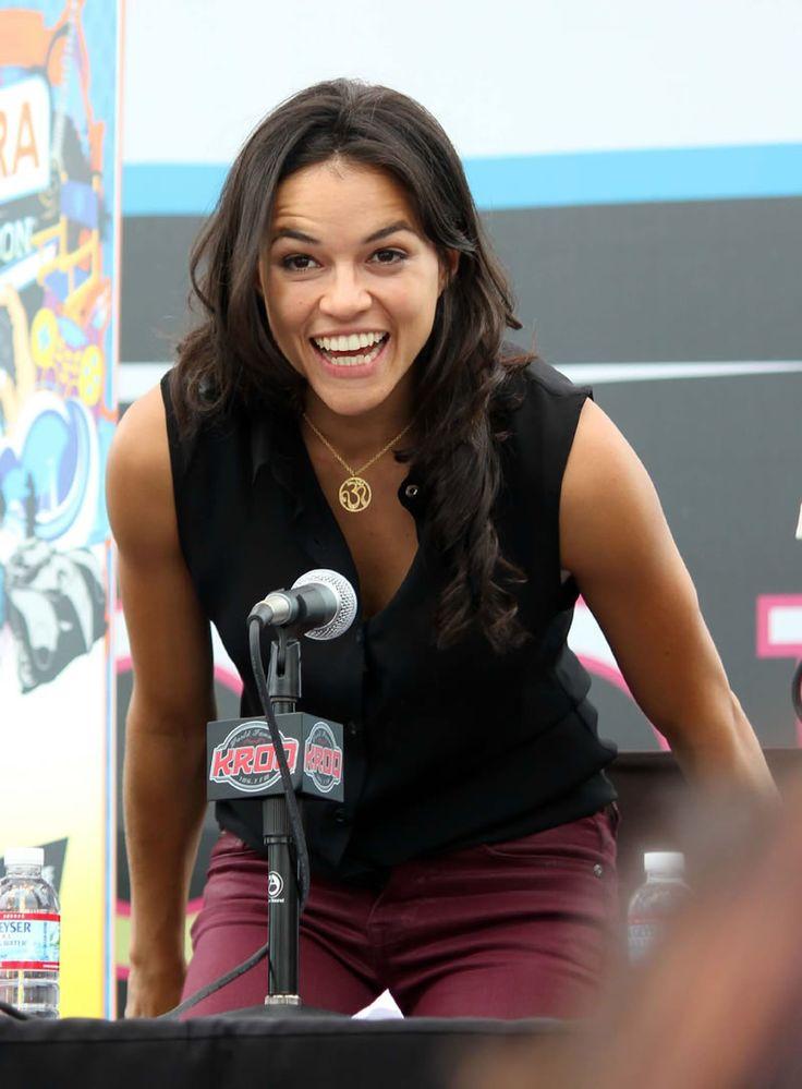 Michelle Rodriguez photo, pics, wallpaper - photo #512391