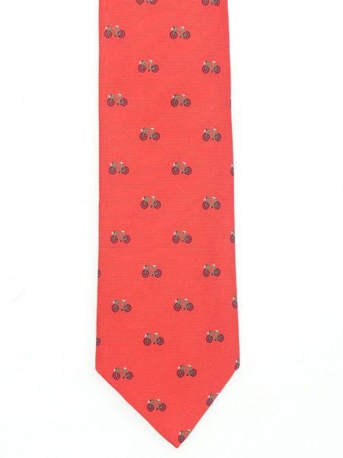 Corbata en seda italiana de primera calidad, confeccionada en los telares del Lago di Como, www.soloio.com  #soloio #soloiomioda #shoponline #tie #corbata #menstyle #bespocke #suitup