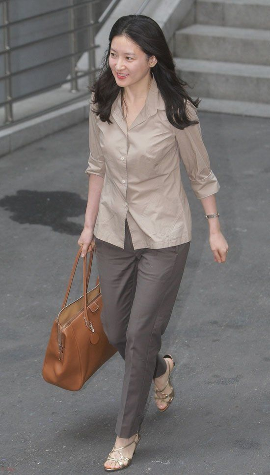 Lee Young-ae (이영애) - Picture @ HanCinema :: The Korean Movie and Drama Database