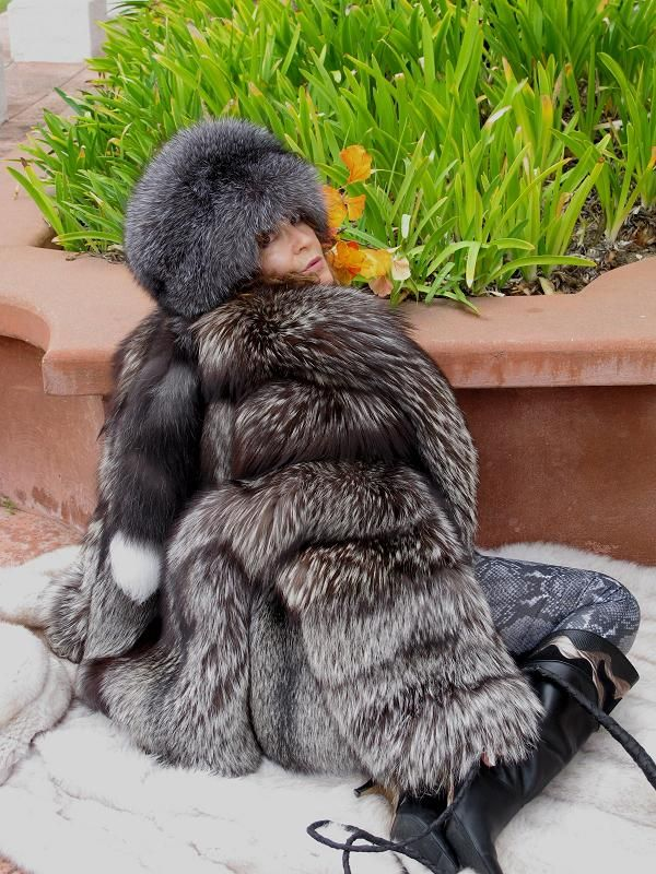 512 Best Fur Height Images On Pinterest Furs Fur Coats And Fur