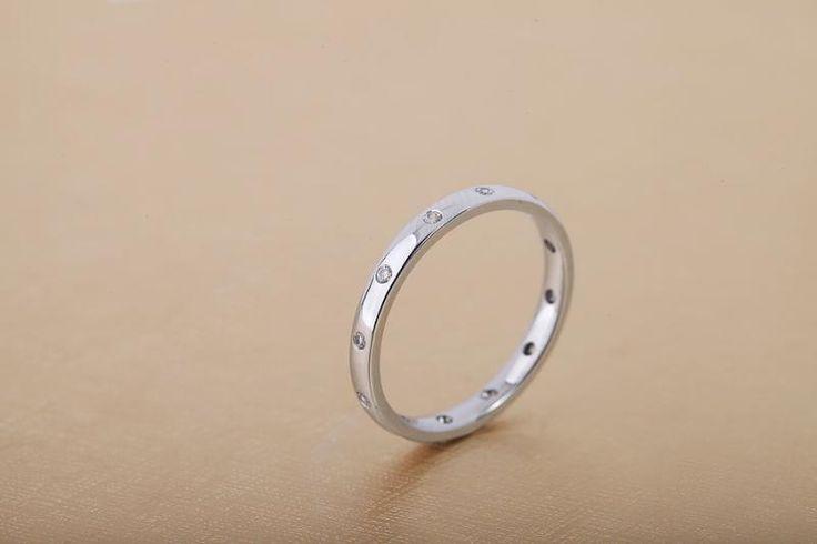 Verigheta cu diamante dama aur alb 18kt - RDW010W pe https://www.royaldiamante.ro