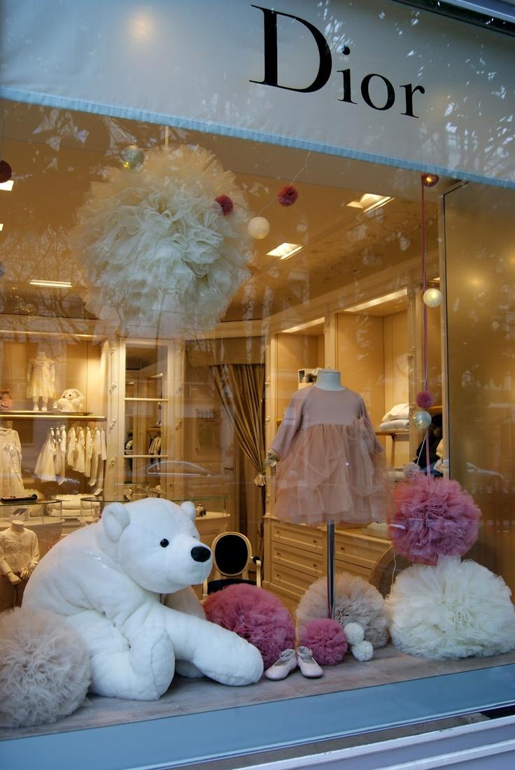 Vitrines Christmas 2012, Oscar et Lila for Baby Dior