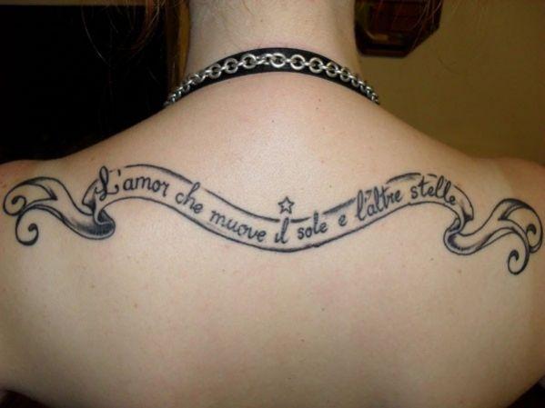 Mot en italien pour tattoo : l amor che muove il sole e l altre stelle https://tattoo.egrafla.fr/2016/01/06/modele-tatouage-phrase-italien/