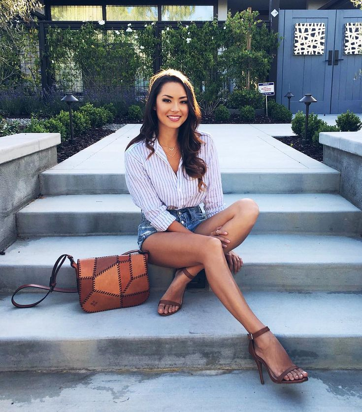 """13.3k Likes, 91 Comments - Jessica Ricks (@hapatime) on Instagram: """"Stairs always make great seats """""""