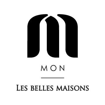 """¿qué es MON, Les Belles Maisons?    - Es el símbolo que identifica una familia de fincas particulares para bodas y eventos.   Los lugares MON se identifican por su encanto y magia especial    - Es """"Mi"""", """"mi boda"""", """"mi evento"""", algo particular y singular. Queremos que cada cliente sea anfitrión de su propio evento.    - Es la magia, la emoción, la creatividad, la flexibilidad que estos lugares ofrecen para crear momentos únicos"""