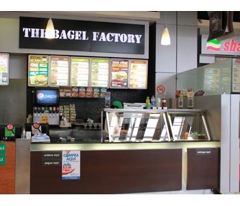 The Bagel Factory. Oakland Mall 3er nivel.