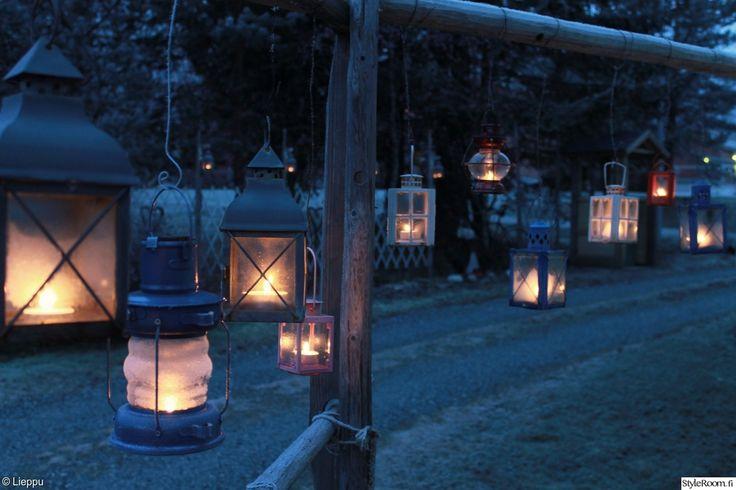 piha,lyhty,kynttilä,kynttilälyhty,heinäseiväs,viherpiha,kuukauden piha