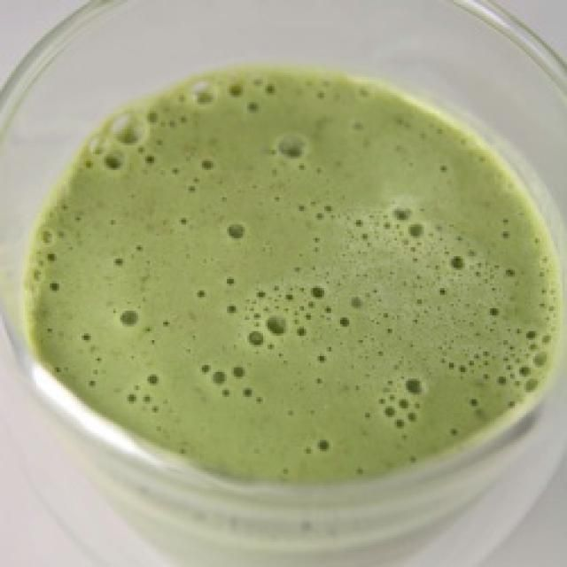 Matcha Green Tea Smooothie Recipe: This Matcha Green Tea Smooothie is healthy, quick, energizing and delicious.