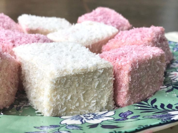 Easy Marshmallows: Honey Sweetened
