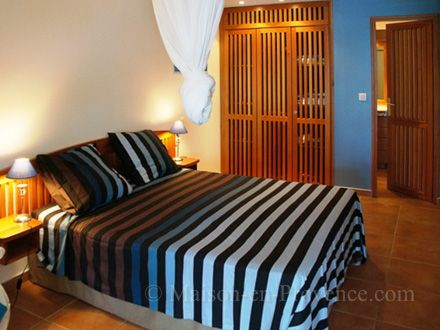 A bed room of the holiday rental Villa at Saint-François ,Guadeloupe - photo 22276 Credits Maison en Provence (TM) / The owner