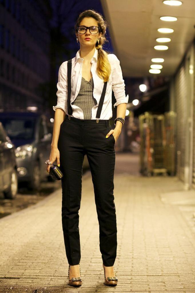 Corset Tops Trends as Outerwear Street Style - Trend2Wear