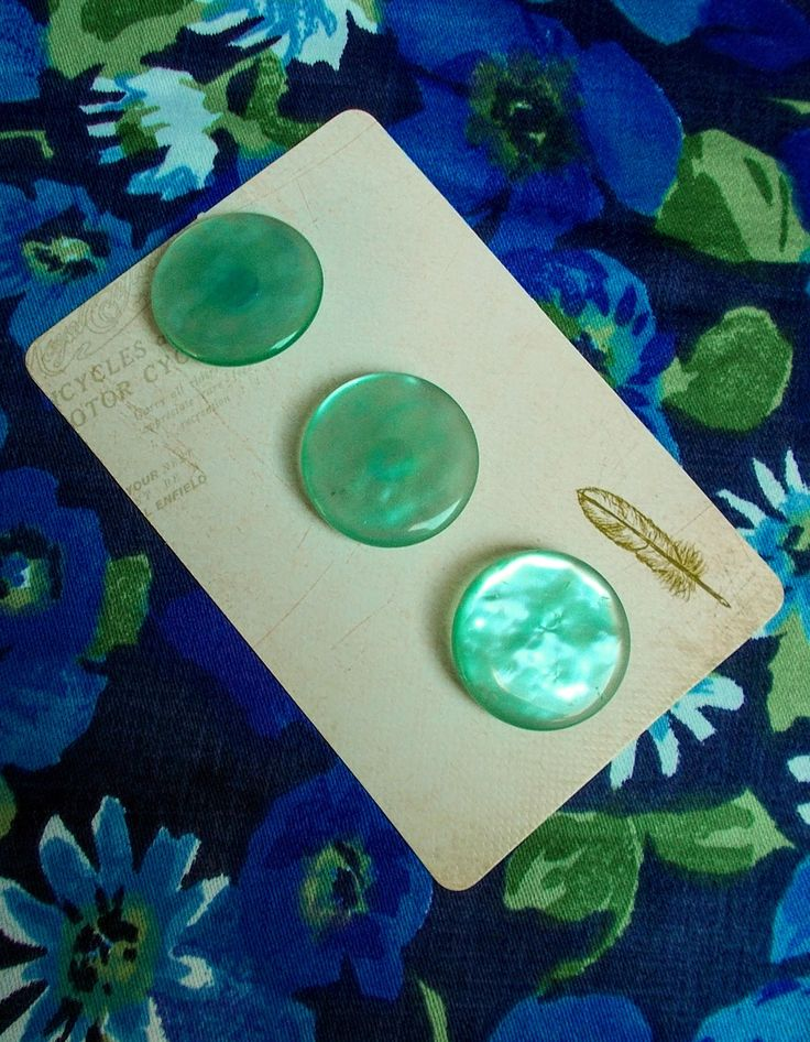Vintage plastic buttons - 1960's/1970's - Pearlised pale aqua - 3 buttons on card - Unused