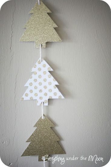 Christmas Tree Garland with Nikki from Everything Under the Moon