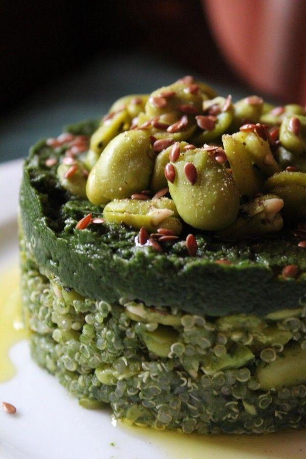 Tortino di quinoa con crema di spinaci e fave_veg_Una vegetariana in cucina
