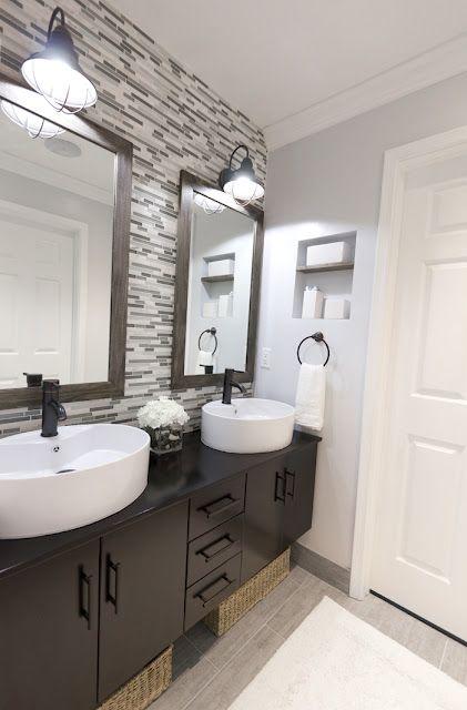 Gorgeous bathroom... Back splash