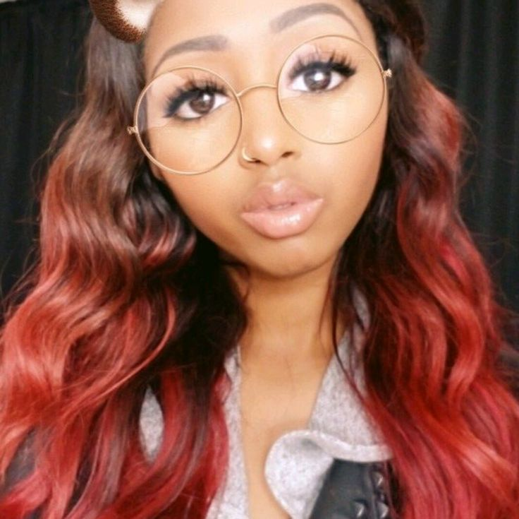 Look at that red ombre 😍😍@feleciiakerryann23  #whatlace #whatfrontal #blackgirlsrock #melanin #hairinspo #haironfleek #melaninonfleek #clientselfie #blackgirlmagic #gorge #wiglife #wigs #HairCrush #protectivestyles