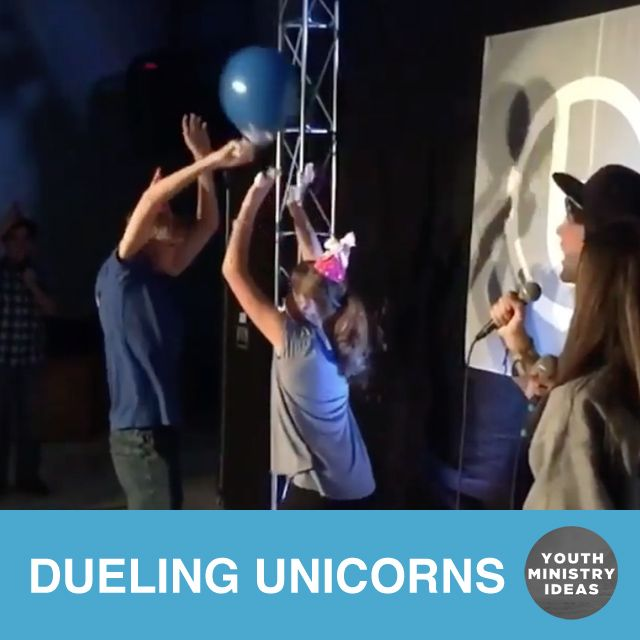 Fun messy game called Dueling Unicorns. 🤺 🦄 Use party hats and balloons filled with shaving cream. You could probably play without shaving cream too if you wanted to… Who can be the first to break their balloon over the other's horn? Too funny! Video by @breakawaybham Fun messy game called Dueling Unicorns. 🤺 🦄 …