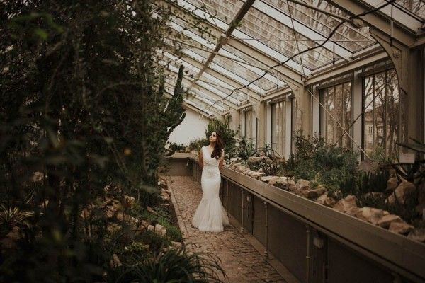 Romantic Serbian Wedding Shoot in the Jevremovac Botanical Gardens