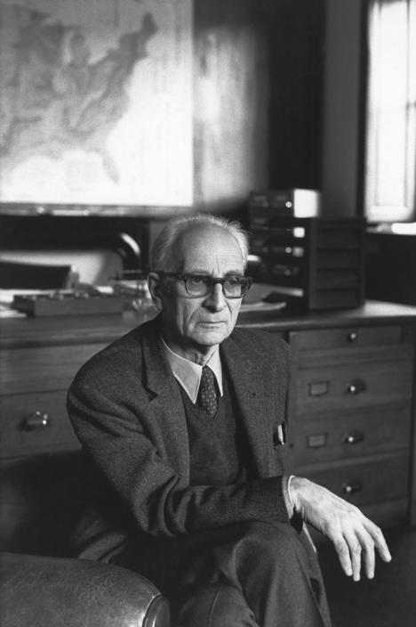 Henri Cartier-Bresson // 1971 - Claude LEVI-STRAUSS, French anthropologist. Paris. Collège de France.