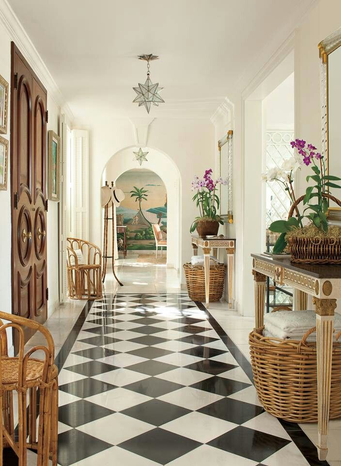 Beautiful entry will wow visitors as they step in the door.-Veranda Magazine