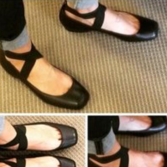 Jessica Simpson ballet Flats Size 8.5 Jessica Simpson Mandalaye Elastic Ballet Flats size 8.5 these ultra-feminine looks great with jeans and dresses. New condition Jessica Simpson Shoes Flats & Loafers