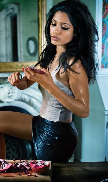 Gent magazines sexiest wife roxanne — 2