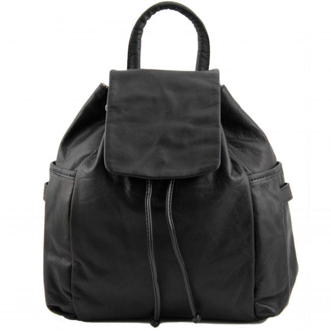 """Italiaanse zwarte Leren rugzak Kathmandu - TL141202.Het buitenmateriaal van deze tas is echt kalfsleer """"Sauvage"""". Deze rugtas heeft een zachte structuur. -"""