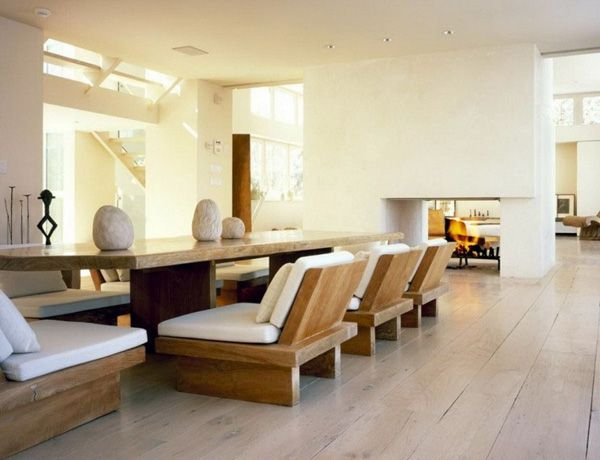 Japanese Dining Room Furniture | Dining Room in Japanese Style: Wooden Furniture, White Walls