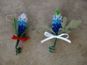 I had a request to do a tutorial on making this Texas Bluebonnet ornament. Thank you, Nola. I am flattered! Anyway, here goes, my first tut...