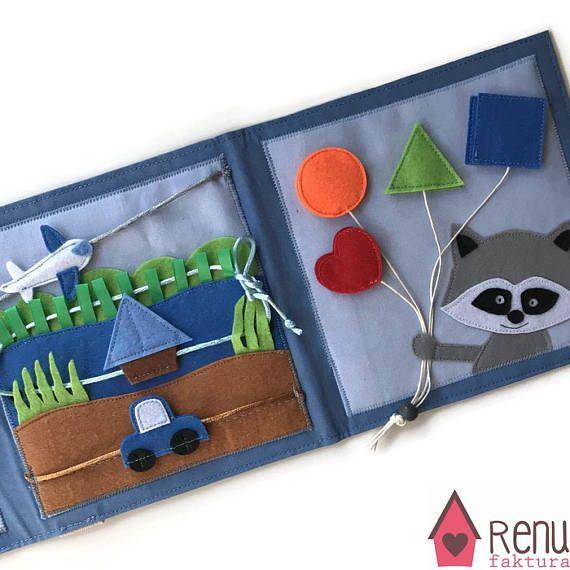 Een handgemaakte mini rustige boek kunt u bestellen voor met name de leeftijd van 1-3 jongens. Het boek van activiteit kan afgesloten worden met magneten. In dit drukke boek er niet alle loosed items voor de veiligheid van de peuters! Wat is een rustige boek? Het is een goede zintuiglijke speelgoed voor de kinderen helpen om te ontwikkelen van de fijne motor en cognitieve vaardigheden, vorm en kleur identificatie, gedrag en mentale logica, evenals verbeelding en aandringen en creativiteit…
