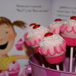 565 best pinkalicious bday party images on pinterest anniversary pinkalicious lollicakes fandeluxe Image collections